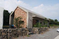 제주도 돌과 바람을 닮았다. 비로소 4´33´´ 게스트 하우스 (출처 Jihyun Hwang)