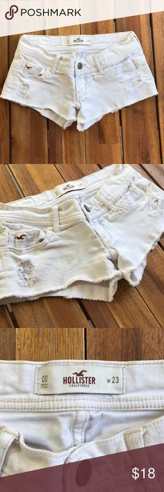 Hollister Shorts White // Size 00 // Good Condition Hollister Shorts Jean Shorts