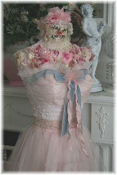 **Queen Of Dreamsz ♥ Stephanie Suzanne Designs: Tea Cup Lighting & Romantic Dress Forms for PiNk Saturday