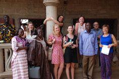 Lokale coördinatoren Euloge en Antoinette samen met de bezoekers - februari 2014