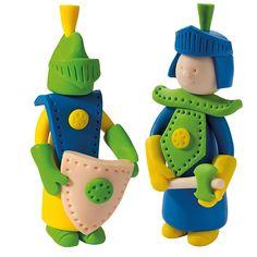 Fimo Kids -pakkauksessa on kaikki tarvikkeet ja kuvalliset ohjeet ritarien valmistamiseen.