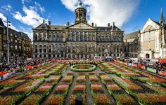 Dam Square, Amsterdam celebrated the official kickoff of the 2015 tulip season. Amsterdam Things To Do In, I Amsterdam, Amsterdam Travel, Amsterdam Tulips, Luxembourg, Dam Square, Wonderful Places, Places To See, Travel Destinations