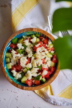 Sopszka saláta recept | Street Kitchen Cobb Salad, Food, Street, Kitchen, Red Peppers, Cucina, Cooking, Essen, Roads