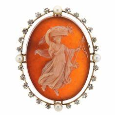 Antique Cameo Pearl Diamond Hardstone Gold Brooch Pendant
