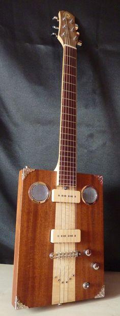 Saint Louis Box Guitar