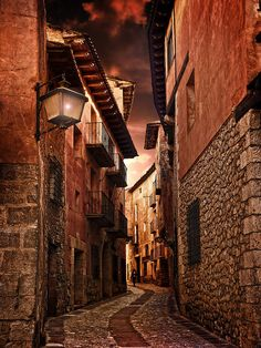 Albarracín (XX) (NO HDR) by Jose Luis Mieza Photography , via Flickr
