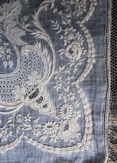 Shiraito embroidery of Musshowaru de Mariage / White Work antique lace: Embroidery Monogram, White Embroidery, Vintage Embroidery, Embroidery Stitches, Embroidery Designs, Cross Stitches, Antique Lace, Vintage Lace, Fabric Art