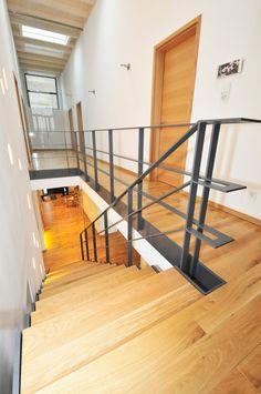 Stahltreppe 25-05-k