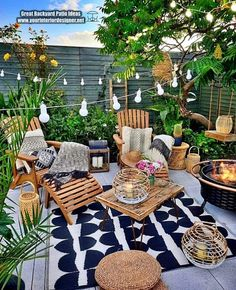 Bohemian Style Garden And Outdoor Living Ideas Broaden the satisfaction in your open air space with an exceptional warmer like this larger than average loungers. This bohemian plan appears as though it Backyard Patio Designs, Backyard Landscaping, Patio Ideas, Garden Ideas, Small Backyard Patio, Lounge Ideas, Terrazas Chill Out, Balkon Design, Earthship