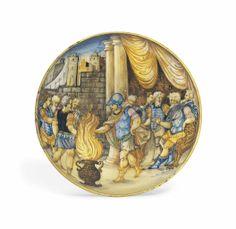 AN URBINO MAIOLICA ISTORIATO FOOTED DISH -  CIRCA 1545