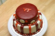 Virginia Tech Cake with marbled pearls