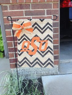 Oklahoma State University College Burlap Garden Flag--I could totally make this. Easy peasy.