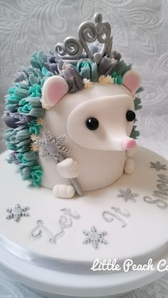 Hedgehog Cake, Snow Fairy, Little Peach, Cake Party, Animal Cakes, Cake Makers, Christmas Fairy, Beautiful Cakes, Cookie Decorating