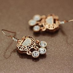 Rose gold fushou lock Rhinestone earrings,ear studs