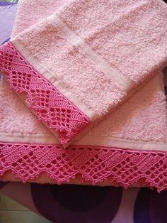 Asciugamani con pizzo uncinetto