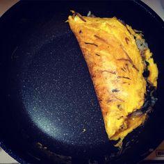 いいね!8件、コメント4件 ― Azureさん(@azureeee)のInstagramアカウント: 「オムライス、初めて作った🙈 😋🍴🍳❤️ My first ever omelette rice. I don't think it is a failure but I cannot say it…」