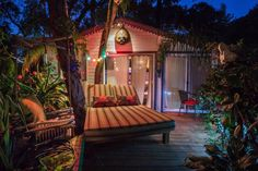"Entire home/apt in Topanga Canyon, United States. Beautiful PRIVATE TROPICAL Guest House in Topanga Canyon! Look up Cody Simpson & Ziggy Marley's video, ""Love"" on You Tube for video of property!"