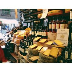Kaashuis Tromp Cheese and Wine Shop - Amsterdam, Netherlands