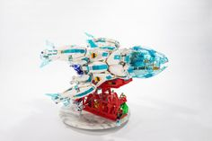 Chrysalis emerges as a beautiful spaceship Lego Ship, Lego Spaceship, Lego Man, Lego Models, Cool Lego, Lego Brick, Lego Creations, Legos, Projects To Try