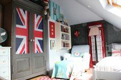 Simple Boys Room Decor