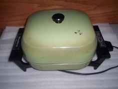 Retro electric skillet 1970***(still have my mother's.  Identical but harvest gold.  Still works.  Still use it because it was hers and I love using her things...slj)