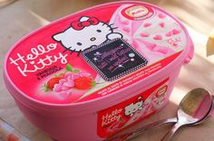 Hello Kitty ice cream who would've thought! Rilakkuma, Kawaii Dessert, Hello Kitty Pictures, Miss Kitty, Hello Kitty Collection, Japanese Sweets, Japanese Art, Makes You Beautiful, Here Kitty Kitty