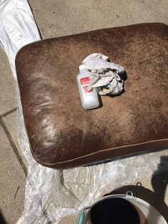 How to refinish leather furniture. Diy Leather Paint, Paint Leather Couch, Distressed Leather Couch, Leather Furniture Cleaner, Leather Couch Repair, Painting Leather, Leather Recliner, Leather Couches, Leather Crafts