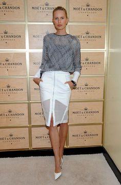 Karolina Kurkova donned an elegant, fashion-forward ensemble from Dion Lee at the US Open.