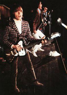 Brian on guitar ...