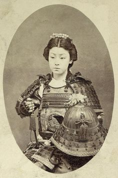 """Female Samurai, c. late """"An onna-bugeisha (女武芸者?) was a female warrior. Members of the samurai class in feudal Japan, they were trained in the use of weapons to protect their household, family, and honor in times of war. Japanese Culture, Japanese Art, Warriors Standing, Arte Ninja, Ju Jitsu, Japanese Warrior, Samurai Armor, Female Samurai Art, Japan Woman"""