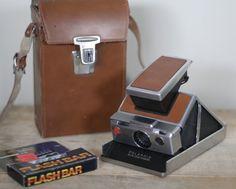 Polaroid SX-70.