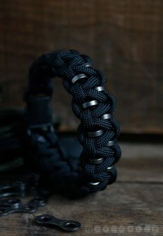 Outdoor Bracelet  Paracord Bracelet  Black by Jolicoeuretcie