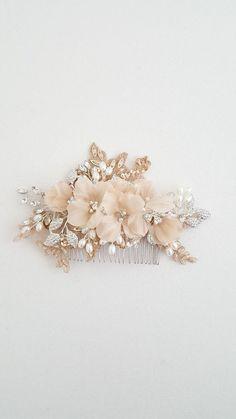 Bridal Hair Comb Wedding Headpiece Floral Crystal Hair Comb Bridal Comb, Wedding Headband, Hair Comb Wedding, Bridal Headpieces, Wedding Veils, Bridal Earrings, Wedding Jewelry, Casco Floral, Floral Headpiece