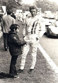 Steve McQueen with son Chad on set at Le Mans 1970 Steve Mcqueen Le Mans, Steven Mcqueen, F1 Wallpaper Hd, American Legend, Courses, Old Hollywood, Hollywood Stars, Famous Faces, Movie Stars
