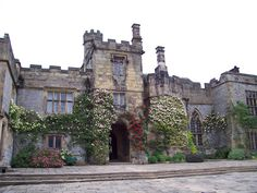 Haddon Hall started being built in the 11th century when William the Conquerer gave the land to one of his bastard sons.    Additions continued for the next 800 years.  If it looks familiar it was where parts of The Princess Bride were filmed.