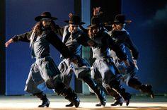 El malambo es una danza folclórica tradicional argentina, perteneciente a la llamada música surera o sureña. Nació en las soledades pampeanas allá por el año 1600. Dentro de los bailes folclóricos argentinos, es una excepción que carece de letra; la música de un bombo legüero y las guitarras acompañan a esta danza ejecutada, únicamente, por hombres.