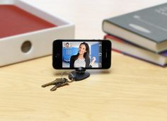 Tiltpod Keychain Tripod Mount for Apple iPhone - if only I had an iPhone...
