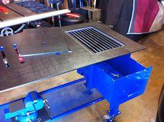 Welding table with plasma cutting slag bin