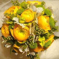 DECOFLOR VIRÁGSTÚDIÓ: Tavaszi, sárga virágok Floral Wreath, Bouquet, Wreaths, Table Decorations, Blog, Yellow, Door Wreaths, Bouquets, Blogging