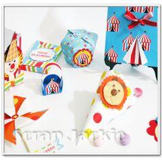 aula Scrap Festa Circo -  Papéis Scrap Jackie coleção Fun Kids by Jackie Monteiro - venda de papéis pela loja virtual www.scrapjackie.com