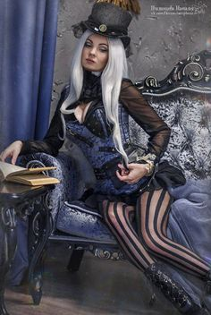 Silver Haired Steamgoth in Blue and Black - For costume tutorials, clothing guide, fashion inspiration photo gallery, calendar of Steampunk events, & more, visit SteampunkFashionGuide.com