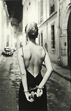 By Helmut Newton, 1972 Peter Lindbergh, Art Photography, Fashion Photography, Cinematic Photography, Artistic Photography, Great Photographers, Photo Artistique, Steven Meisel, Boudoir