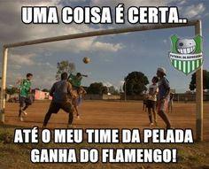 Flamengo vira motivo de chacota na Internet após derrota para a Chapecoense e Alecsandro é comparado a cone