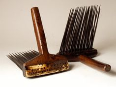ELM AND IRON CARDING COMBS- 17th century