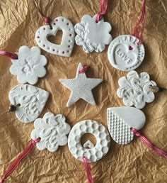 Hottest Pic air dry Clay ornaments Suggestions Air dry clay is supplied in a sealed, foil pack and is ready-to-use for modelling and craft project Clay Christmas Decorations, Polymer Clay Christmas, Diy Christmas Ornaments, Homemade Christmas, Christmas Projects, Holiday Crafts, Christmas Stars, Merry Christmas, Homemade Ornaments
