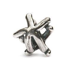 Estrella de Mar - trollbeads.com // La preciosa estrella de mar la podemos encontrar en multitud de tonos y tamaños en los fondos marinos. Cada una contiene cinco brazos, número muy simbólico que representa la armonía y el equilibrio.