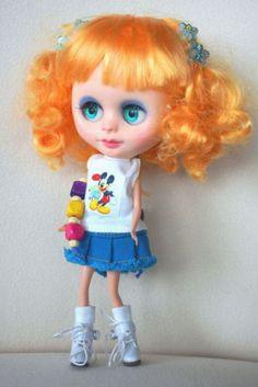 Custom-Blyh-doll-Middie-Blythe-clone-ooak-CCE-curly-hair