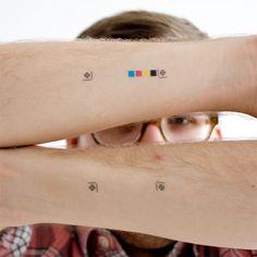 Temporary tatoo - crop & print registration marks.