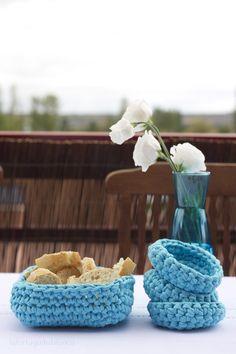 Los detalles hechos a mano siempre tienen más encanto, que no falten tampoco en tu mesa: http://bit.ly/1tryhsm #DIY #trapillo via @tortuguitabla
