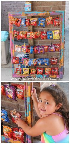 Chip bag display